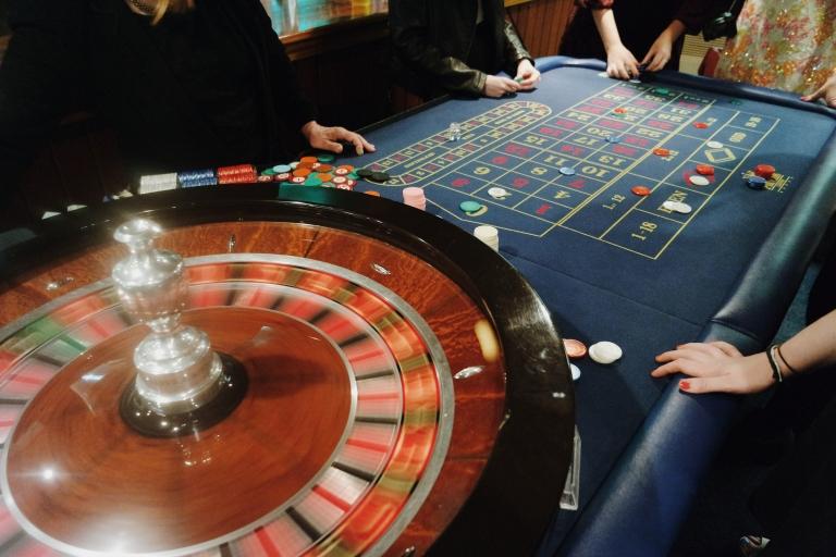 проиграл все деньги в казино